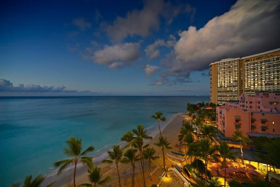 Outrigger Waikiki Beach Resort: Outrigger room view c Steve turner photography