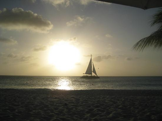 Bucuti & Tara Beach Resort Aruba: Beautiful sunsets!!
