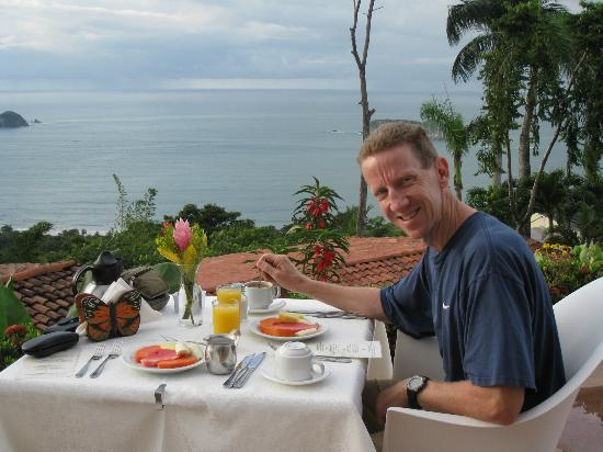 La Mariposa Hotel: Breakfast with ocean view