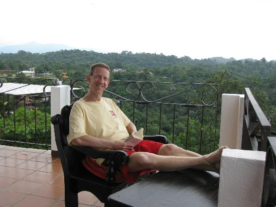 La Mariposa Hotel: Relaxing at balcony