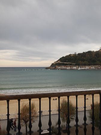 Hotel Niza: vista desde habitacionen primera planta