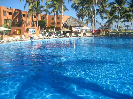 Holiday Inn Resort Los Cabos All-Inclusive: one of the 3 pools