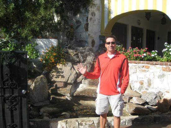 Mediterraneo Resort : Chris (Manager)
