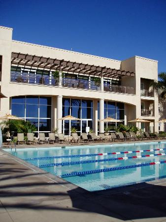 Grand Pacific Palisades Resort and Hotel : Pool2