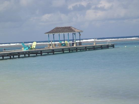 Coyaba Beach Resort: The Dock