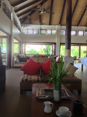 Eratap Beach Resort: inside the restaurant
