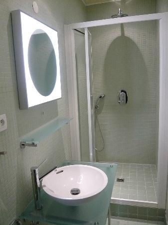 Chambres d'Hôtes rue Jeanne d'Arc : Salle d'eau