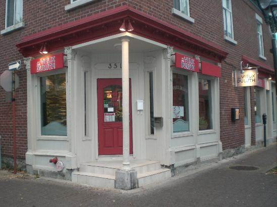 Restaurant au vieux duluth montreal 5100 rue sherbrooke for A le salon duluth mn