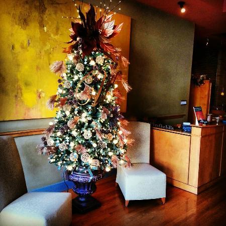 Winfield's Restaurant: Lobby Area