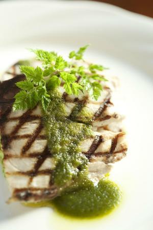 Scorpion Mediterranean Bar and Grill: Sea Bass