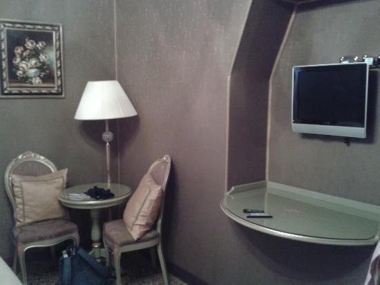 Hotel Al Ponte Mocenigo: Habitacion