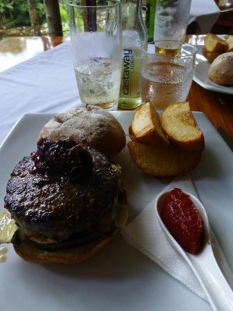 Treehouse Restaurant: Waygu Beef Burger