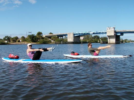 SUP Englewood : Stand Up Paddle Yoga