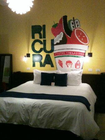 Tantalo Hotel / Kitchen / Roofbar: Bedroom