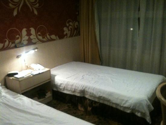 Walden Hotel: beds