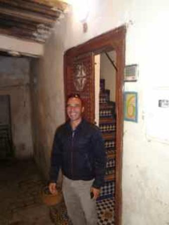 Dar Sienna: Ahmed is an incredible host!