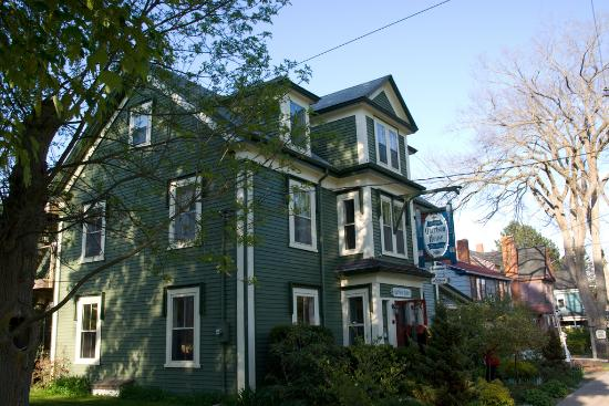 Garrison House Inn