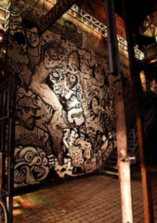 Graffiti Bar & Res