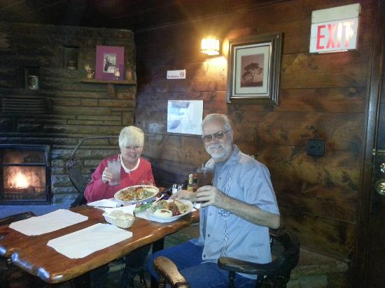 Strawberry Lodge: Our wonderful Thanksgiving dinner 11-22-12