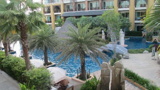 Rawai Palm Beach Resort : view from room