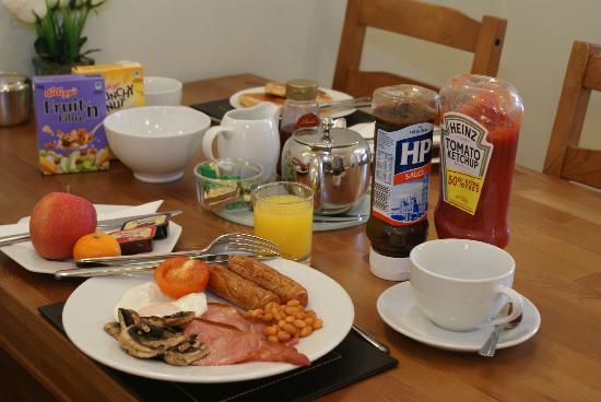 Adelphi Guest House: Breakfast