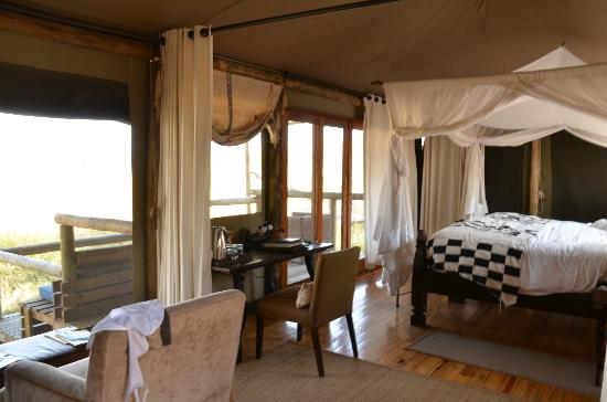 Wilderness Safaris Little Vumbura Camp: The room - not the finest but perfectly okay
