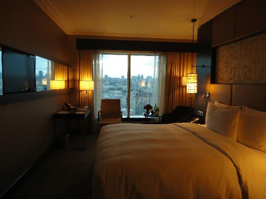 Hilton Baku: Executive Room Sea View