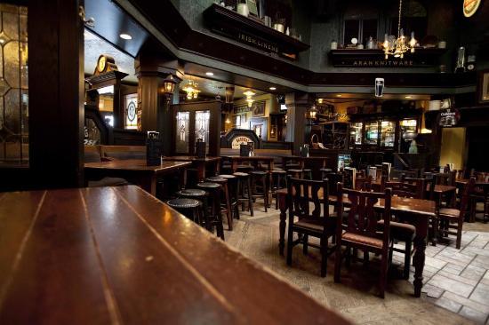 kilkenny's pub