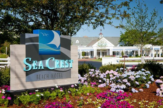Sea Crest Beach Hotel: Welcome