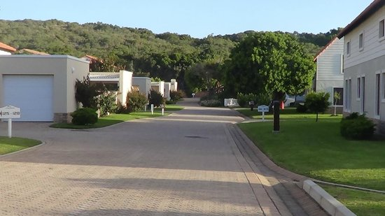 The Dunes Hotel & Resort: The walk to the beach is 3-4 times this length over the dunes