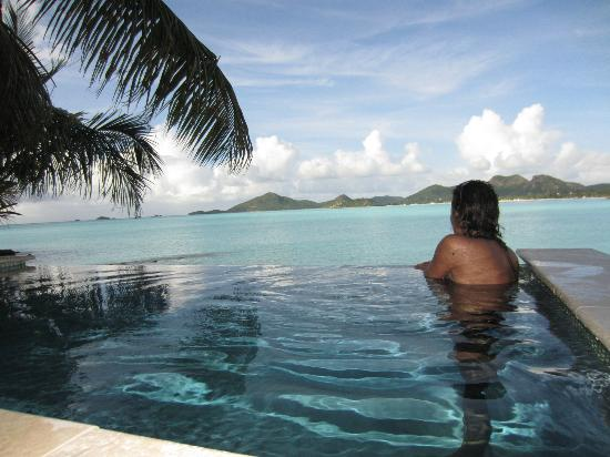 Cocobay Resort: Private Plunge Pool at Room