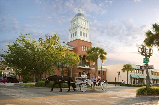 Amelia Island, FL: Tour the historic district of Fernandina Beach