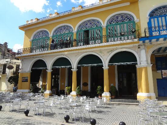 Place Vieille (Plaza Vieja) : factoria cerveza