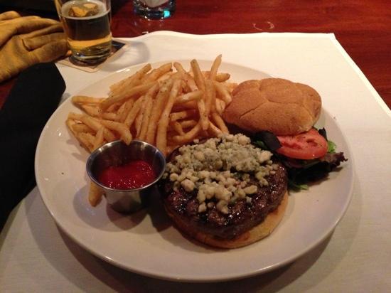 Maxwell's Steakhouse : bar burger
