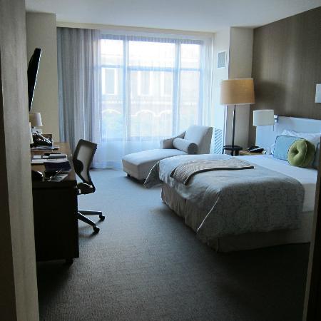 Hotel Vitale, a Joie de Vivre hotel: room view
