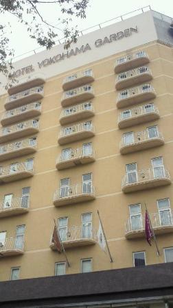 HOTEL YOKOHAMA GARDEN: ホテル外観