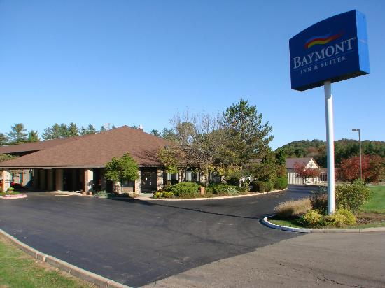 Baymont Inn Logan: average hotel