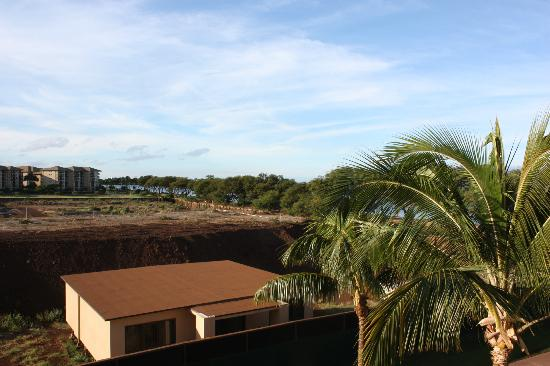 Honua Kai Resort & Spa: view from the lanai overlooking the empty construction site