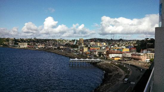 Holiday Inn Express Puerto Montt: This is my view from my ocean view.