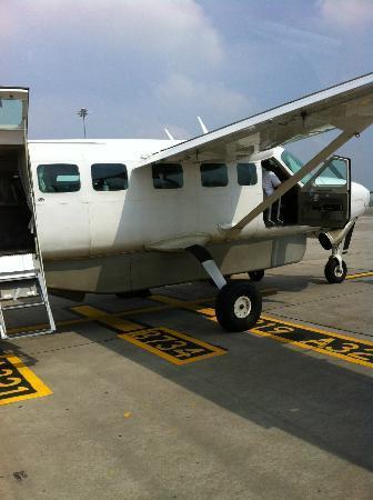 Soneva Kiri: Cessna for an arrival in style