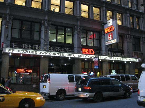 Ben's Kosher Delicatessen Restaurant & Caterers: Exterior - Front