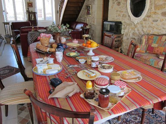 Chez Eric et Sylvie: le petit dejeuner