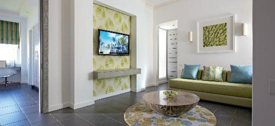 Long Beach Mauritius Family Room