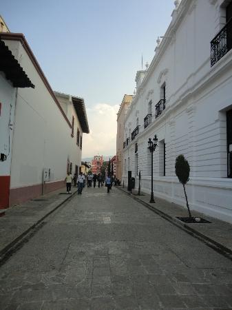 Hotel Casavieja: calles