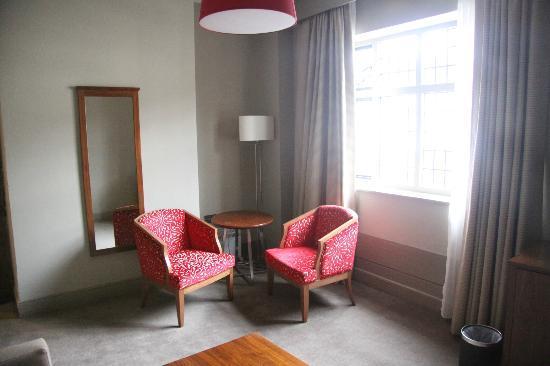 Mercure Stratford-Upon-Avon Shakespeare Hotel: A 'luxury' junior suite
