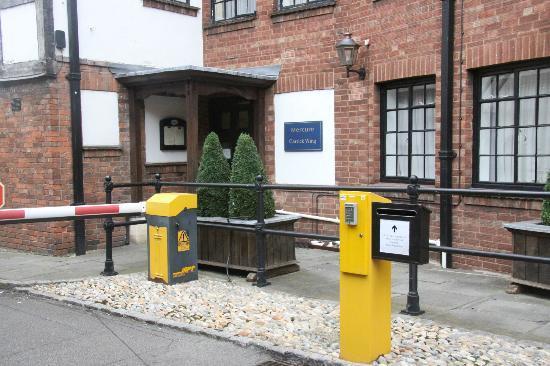 Mercure Stratford-Upon-Avon Shakespeare Hotel: Entrance to annex