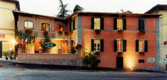Villa Piccola Siena: Facciata Hotel