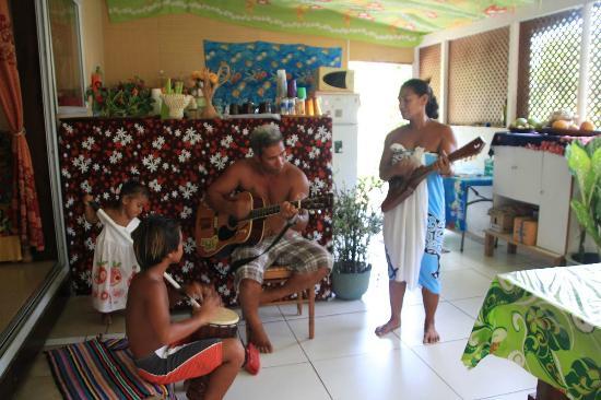 Pension Ludo et Moyra : concert