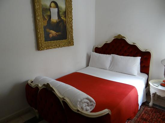 Hotel du Tresor: our lovely quirky room
