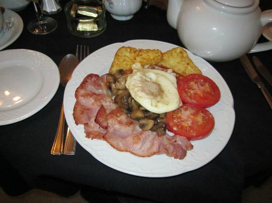 The Wilcot Hotel: Meaty Breakfast (without sausages because mum did not want them)